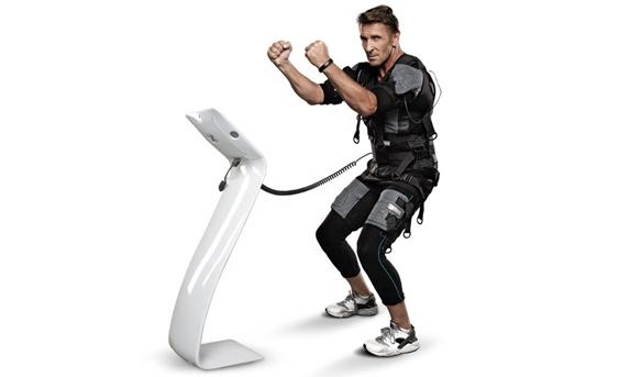 Vertical EMS Fitness Machine